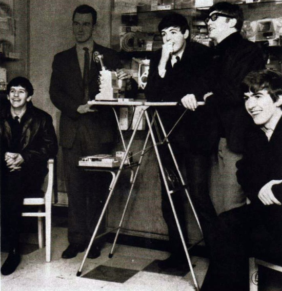 The Beatles, All you need is 8mm, 1964