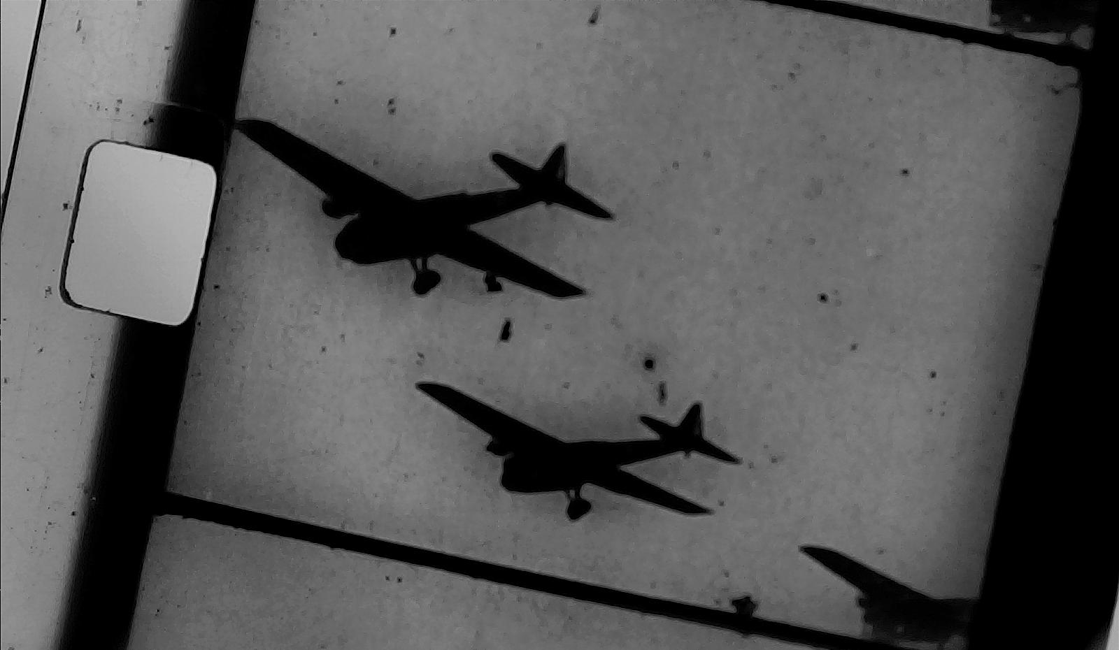 WW2 Fighter Plane Super 8mm